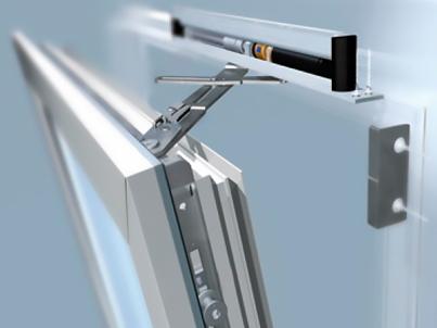 Оконная фурнитура - один из важнейших параметров на который нужно обратить внимание при выборе окна